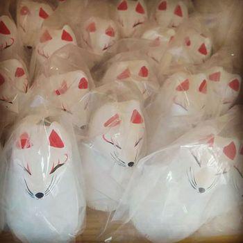 伏見稲荷・願掛けお狐さま.jpg